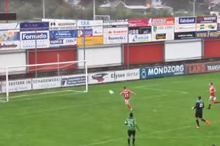 Промах века: в Нидерландах футболист невероятным образом не сумел попасть в пустые ворота