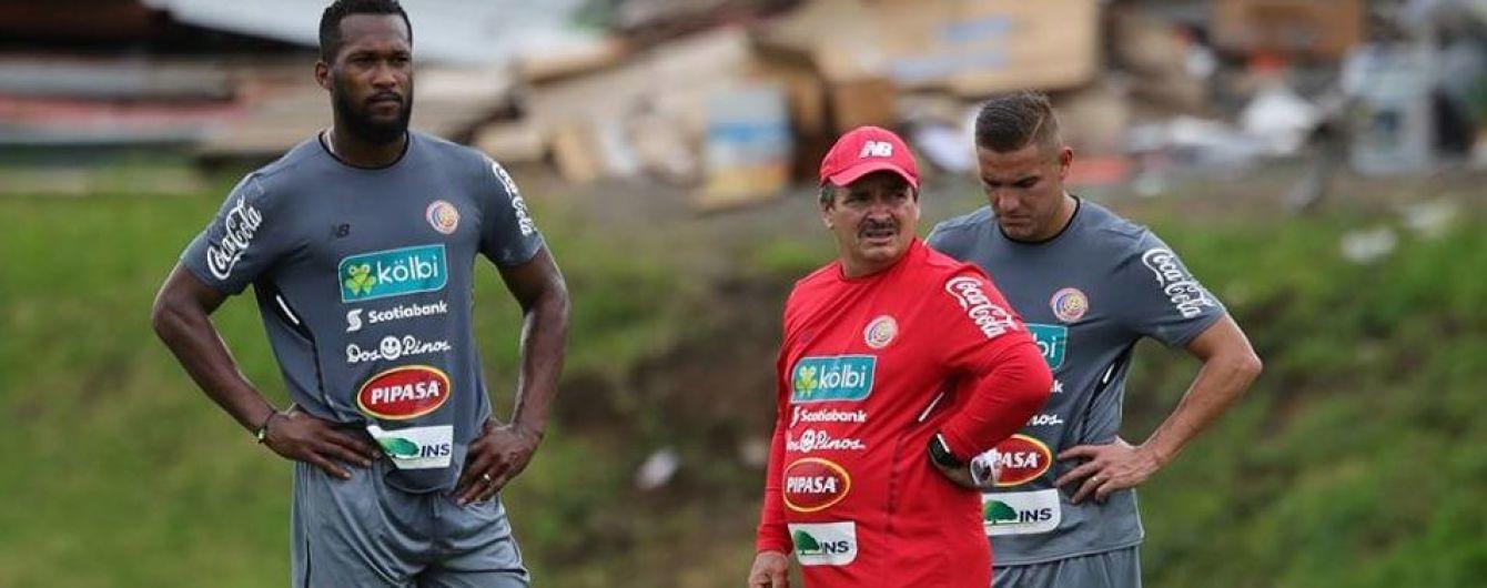 Воротар збірної Коста-Рики поголив тренера у роздягальні після виходу на ЧС-2018