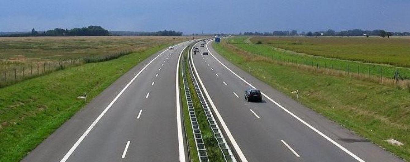 Від Львова до Угорщини збудують новий автобан, що суттєво скоротить час у дорозі гірською місцевістю