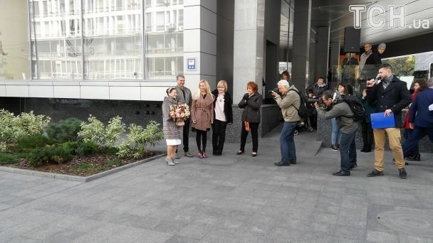Ювілярка на підборах і відомі гості. У Києві відкрили іменну зірку на честь Ніни Матвієнко
