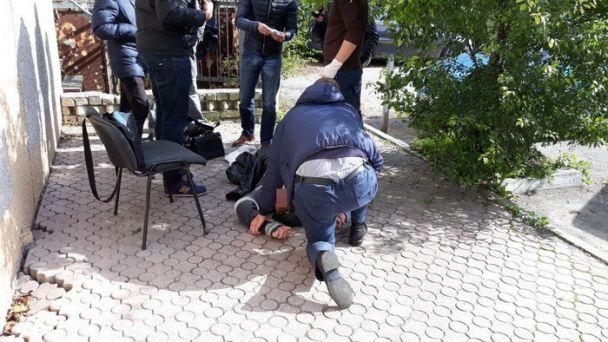 На Львовщине на взятке задержали чиновника таможенного поста