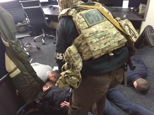 У Києві викрили злочинців, які вимагали гроші під виглядом колекторів