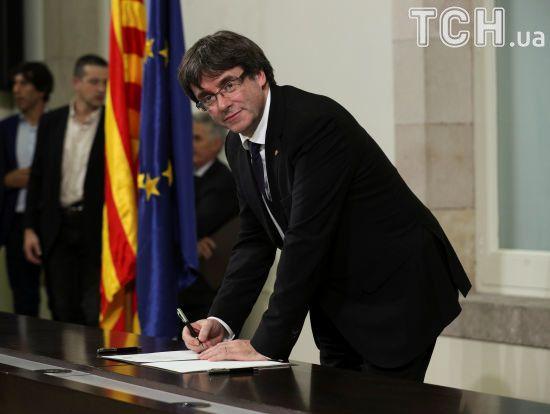 Екс-глава Каталонії Пучдемон здався поліції Бельгії
