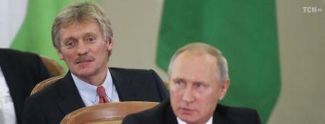 Такого не говорил: Песков опроверг заявление о встречах Путина и Порошенко