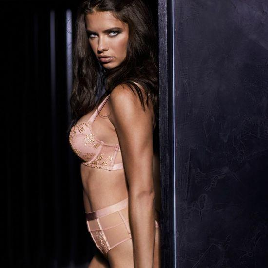 Лима и Амбросио соблазняли фигурами в нижнем белье Victoria's Secret