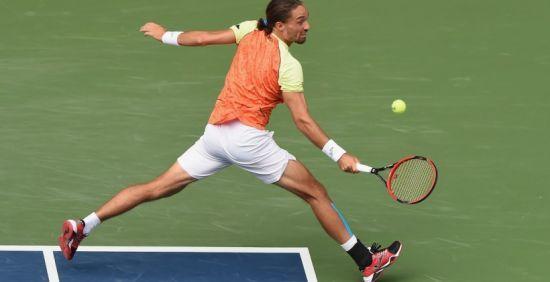 Українець Долгополов зазнав поразки від Федерера та залишив турнір у Шанхаї