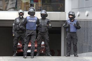 """ГПУ разом із поліцією проводять масові обшуки у справі про корупцію на """"Укрзалізниці"""""""
