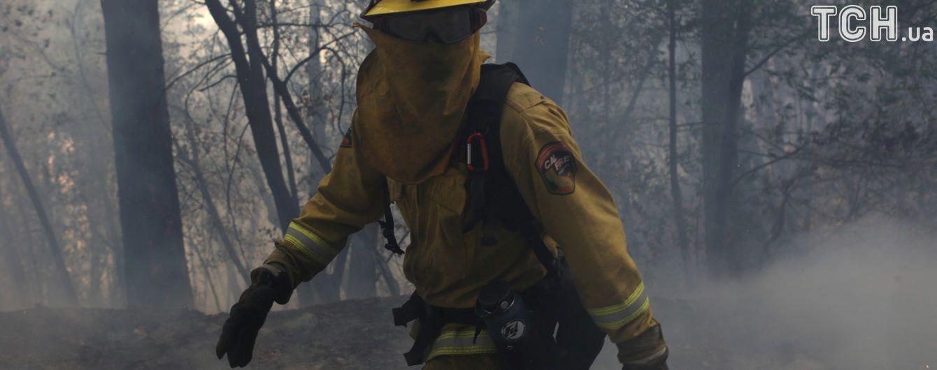 Очередной пожар в Калифорнии обесточил жилища сотен тысяч американцев