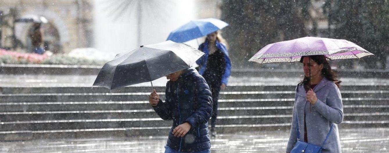 Киевлян предупредили о сильных порывах ветра