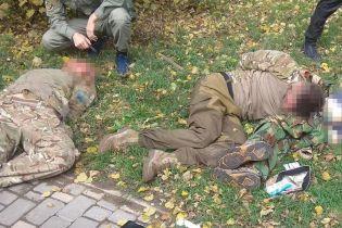 У центрі Одеси п'яні молодики у військовій формі погрожували перехожим зброєю та влаштували бійку