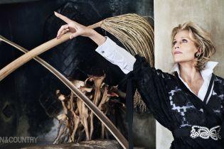 79-річна Джейн Фонда постала на обкладинці журналу без ретуші