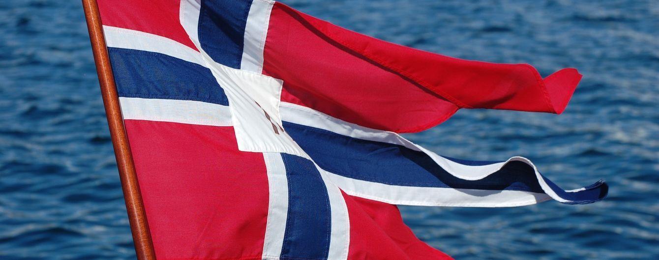 Норвегія розмістить бронетанковий батальйон на кордоні з Росією