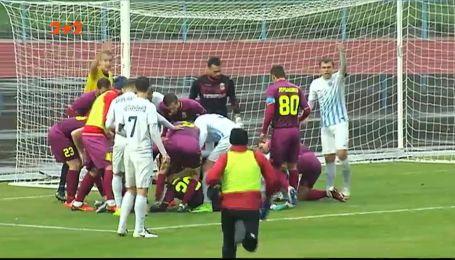 Двое футболистов получили серьезные травмы на матче Первой лиги
