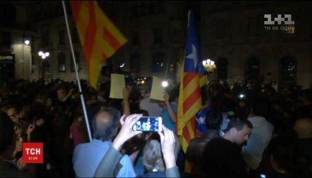 В Испании мадридский суд провел первые аресты лидеров Каталонии