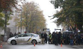 Ні проїхати, ні пройти. Силовики влаштували в центрі Києва безпрецедентні заходи безпеки