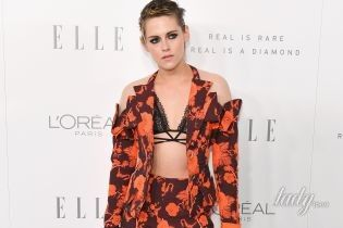 В кружевном лифчике и ярком костюме: Кристен Стюарт на церемонии журнала Elle