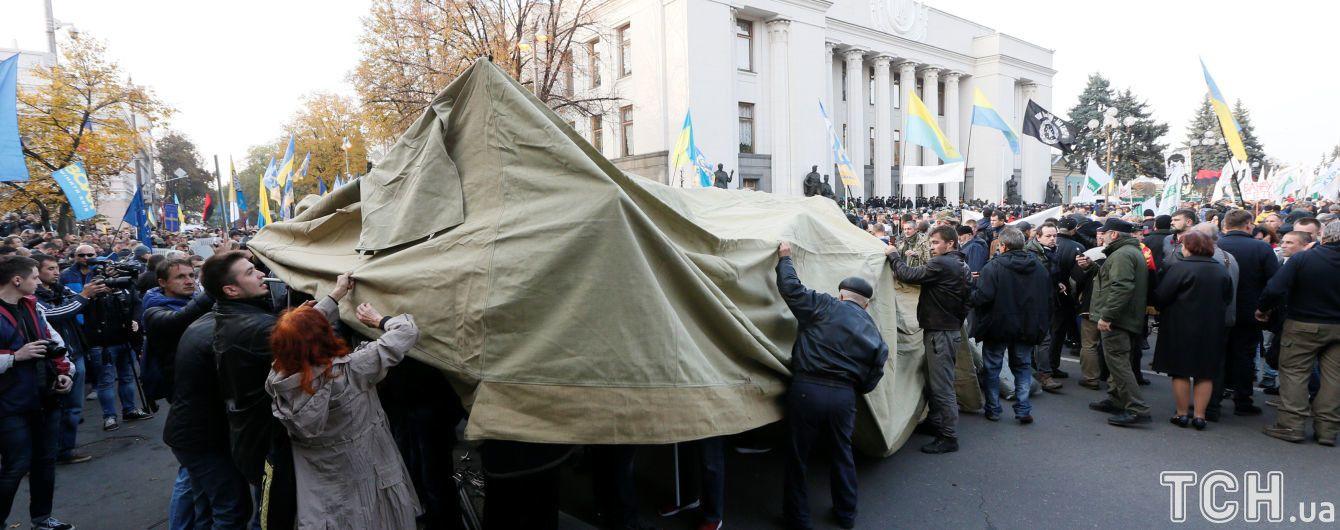 Донецька поліція проводить обшуки у лікарів, які допомагають активістам під ВР -  Соболєв