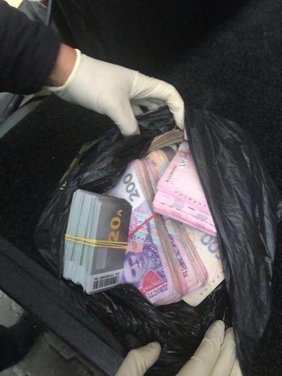 У Києві викрили конвертцентр з обігом у 700 мільйонів гривень