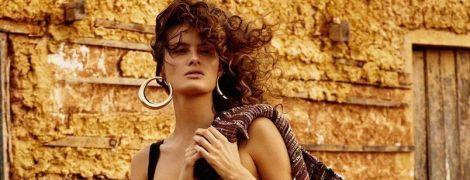 Стильная, яркая, мокрая: Изабели Фонтана в новой фотосессии для Vogue