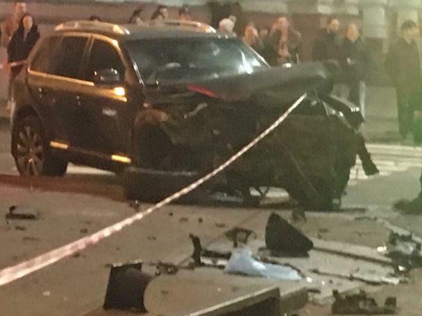 У Мережі з'явилися перші фото кривавої авари в Харкові