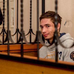 Заклик до помсти за окупацію та підготовка теракту в школі: у чому Росія звинувачує українця Гриба