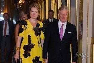 Яркая и элегантная: королева Матильда с супругом на концерте