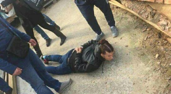 У Києві затримали жінку, яка викрала немовля біля дитсадка