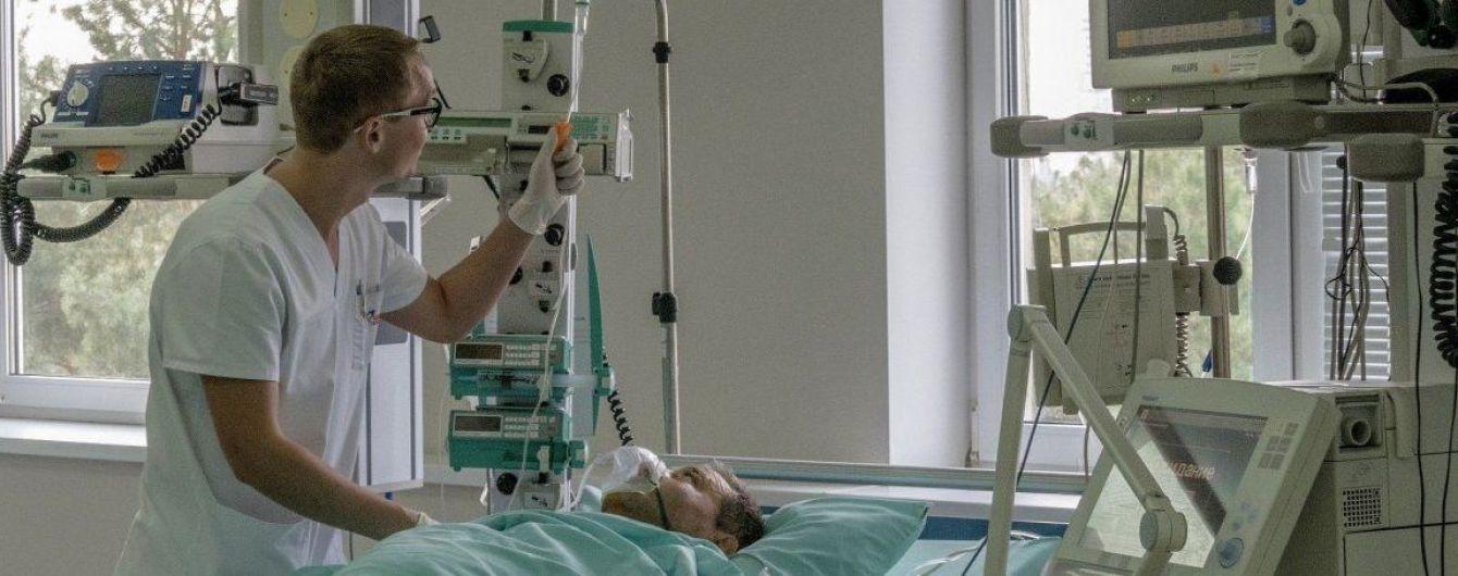 Кровавый взрыв в суде Никополя: трое пострадавших - в тяжелом состоянии