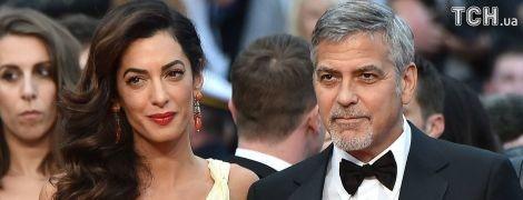 Джордж Клуни вспомнил, как его жену сексуально домогались