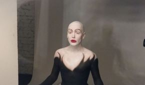 Монро показала архівне фото із Могилевською та голомозу себе