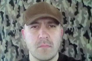 """Суд посадив під домашній арешт """"кіборга"""", якого підозрюють у побитті поліцейського під Радою"""