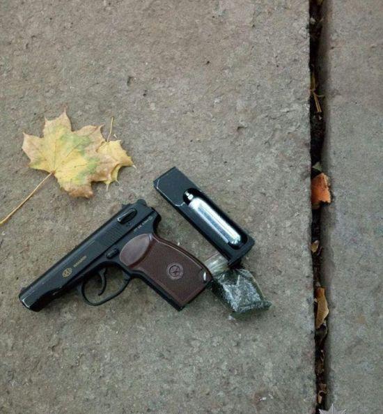У Херсоні затримали підлітка, якого підозрюють у стрілянині на дитмайданчику