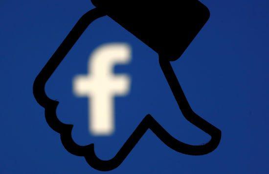 Євросоюз та США вимагають від Facebook пояснень щодо незаконного використання даних 50 млн користувачів