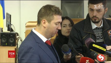 Оболонський суд Києва відсторонив Гераська від обов'язків адвоката Януковича