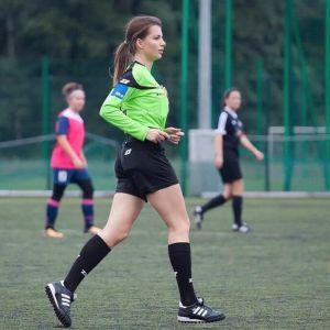 З нею футбол стає гарячіше. Що постить в Instagram чарівна польська рефері