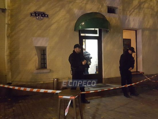У центрі Києва сталася стрілянина у суші-барі