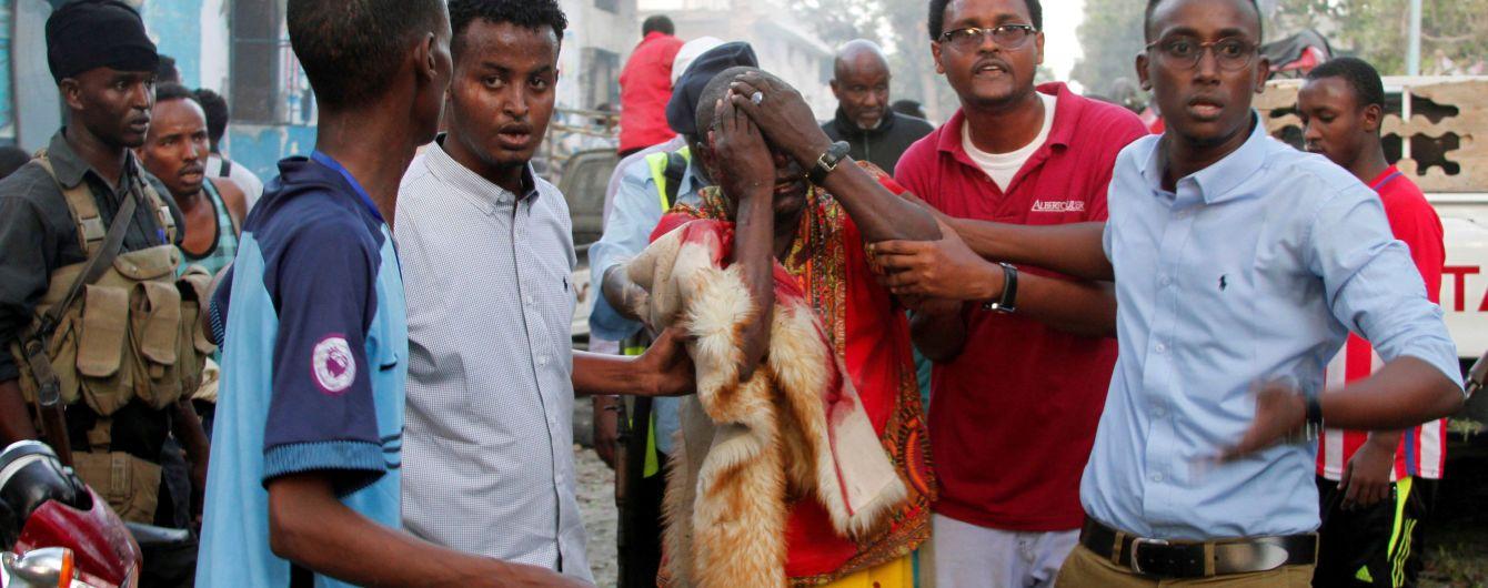 Количество жертв ужасного теракта в Сомали превысило полтысячи человек