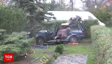 Смертельный ветер: в Польше ураган разгромил дома и убил двух человек