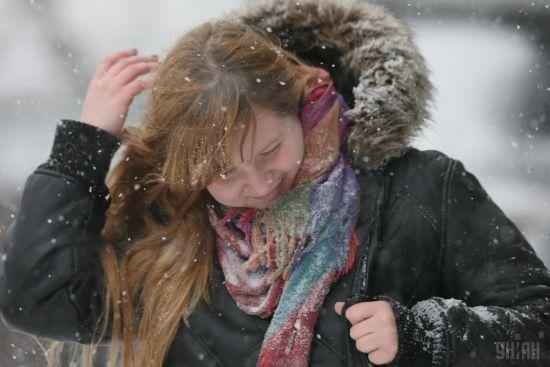 Мокрий сніг і сильний вітер. Киян попередили про погіршення погоди у столиці