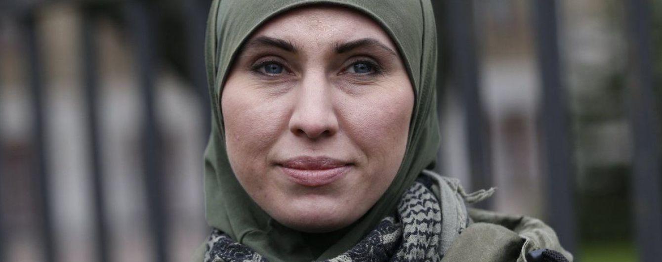Под Киевом расстреляли авто с Аминой Окуевой - она погибла