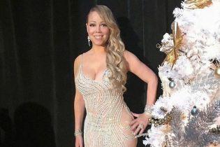 В роскошном платье со смелым декольте: похудевшая Мэрайя Кэри продемонстрировала новый образ