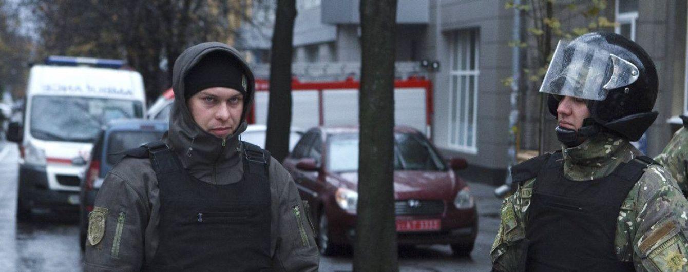 """НАБУ и САП проводят обыски у служебных лиц Нацполиции по """"делу рюкзаков"""""""