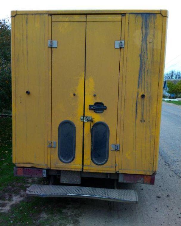 В Одессе 12-летняя девочка погибла из-за катания на подножке грузовика