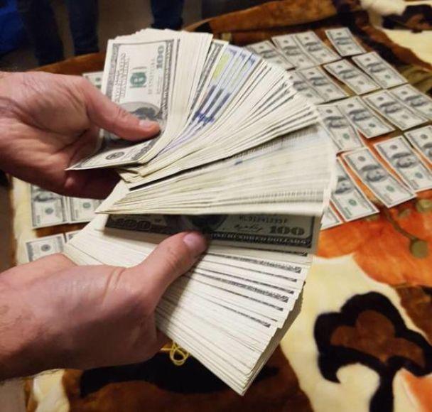 Екс-міліціонер організував прибутковий наркобізнес у Житомирі