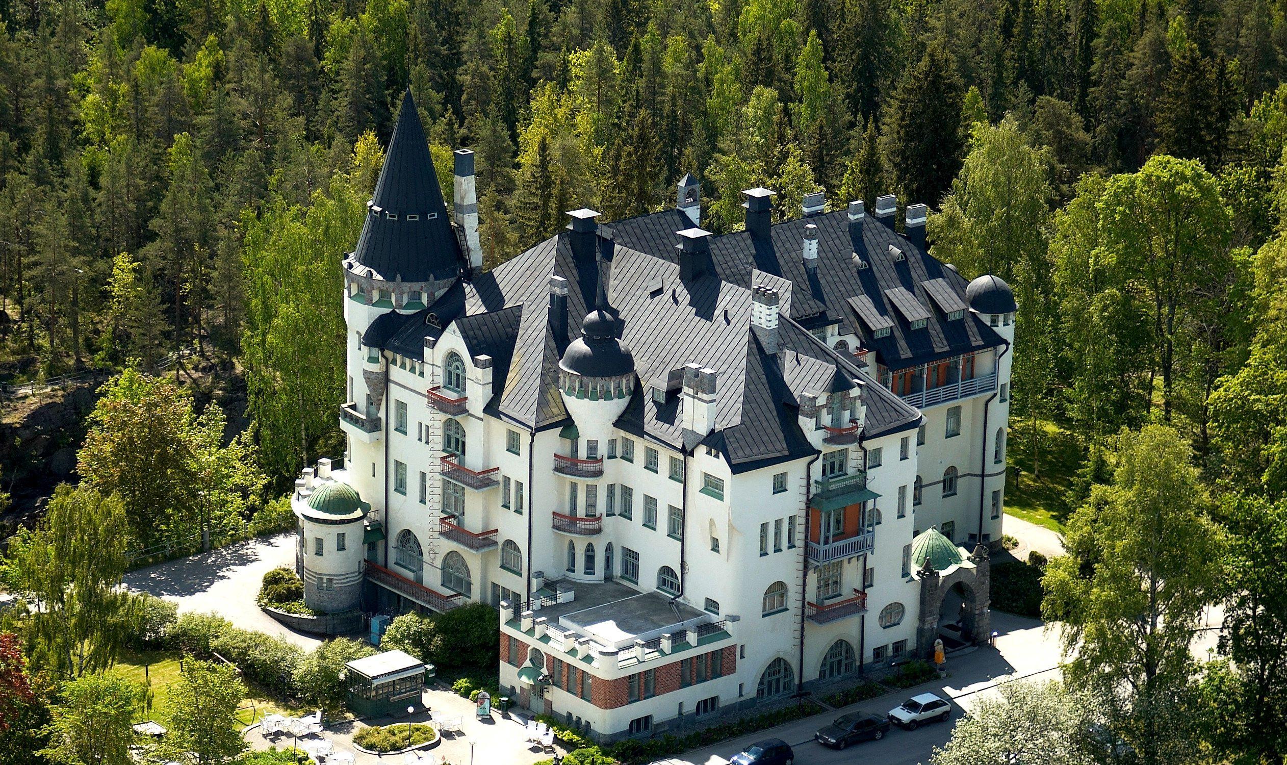 Замок Валтіонхотеллі, Фінляндія