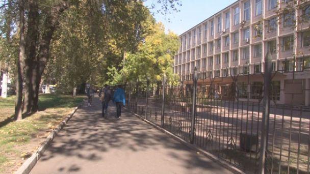 """В Одессе 16-летний студент """"заминировал"""" университет, чтобы не идти на занятия"""