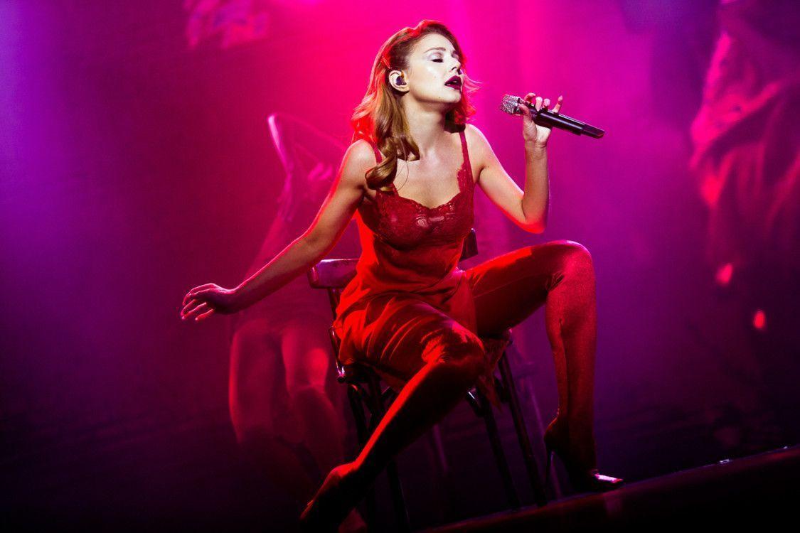 """Тина Кароль на концерте во Дворце """"Украина""""_1"""