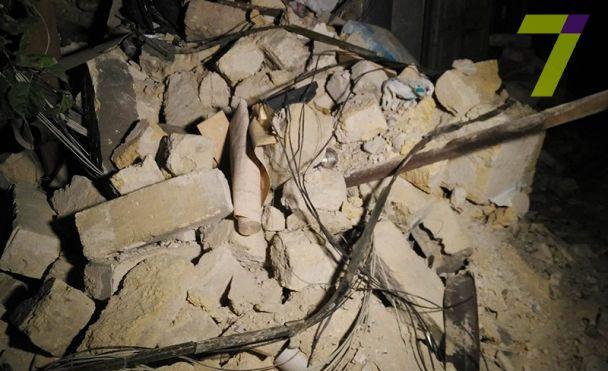 В Одессе от жилого дома отвалилась стена