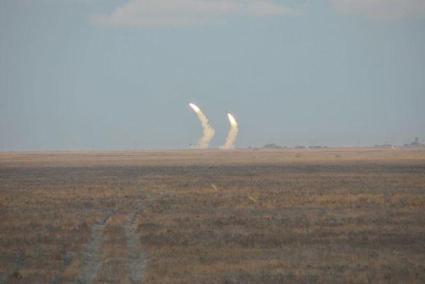 """На Херсонщине военные устроили стрельбы из """"Буков"""", С-300 и """"ОСА"""""""
