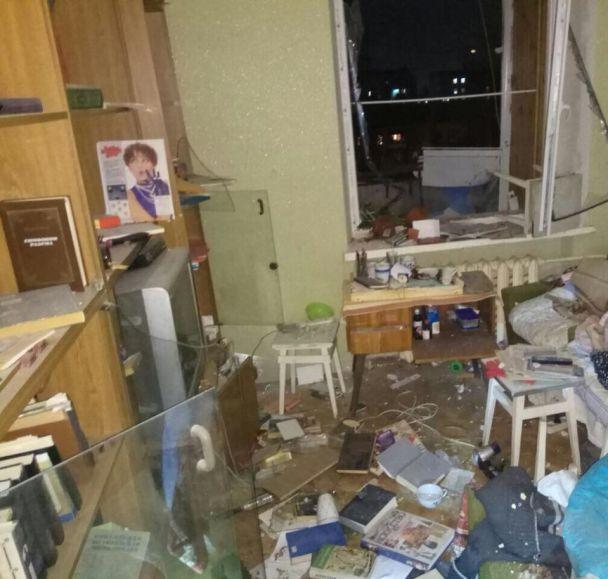 У Києві у багатоповерхівці пролунав вибух, загинула жінка